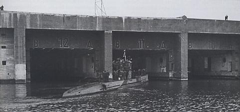 La base sous-marine: the ghostly WW2 u-boat pen - Invisible Bordeaux