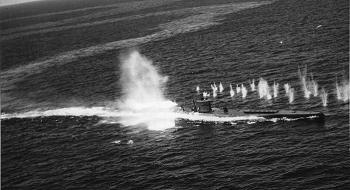 U-118, a Type XB under attack