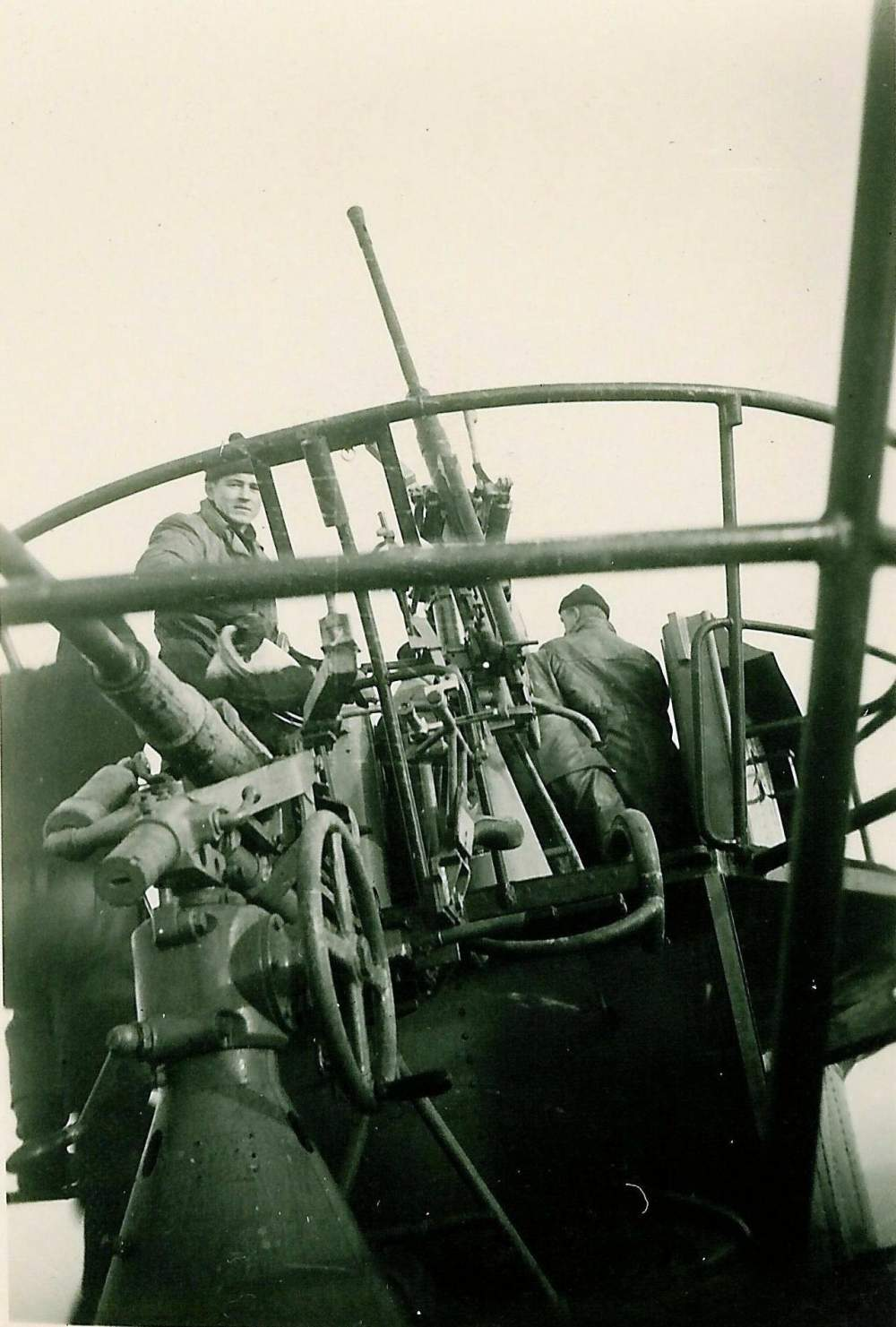 37mm and 20mm anti-aircraft cannon on a Type VIIC U-Boat.