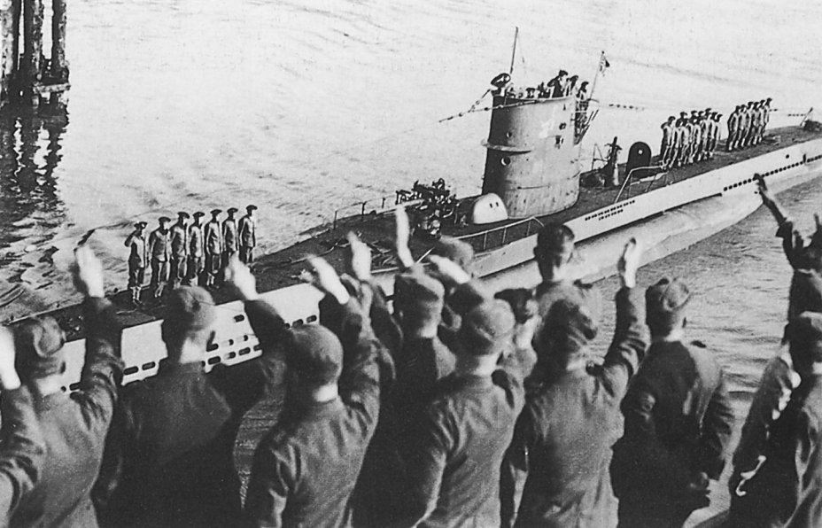 The U-47 amid cheering crowds, after returning from Scapa Flow (October 17 1939)....