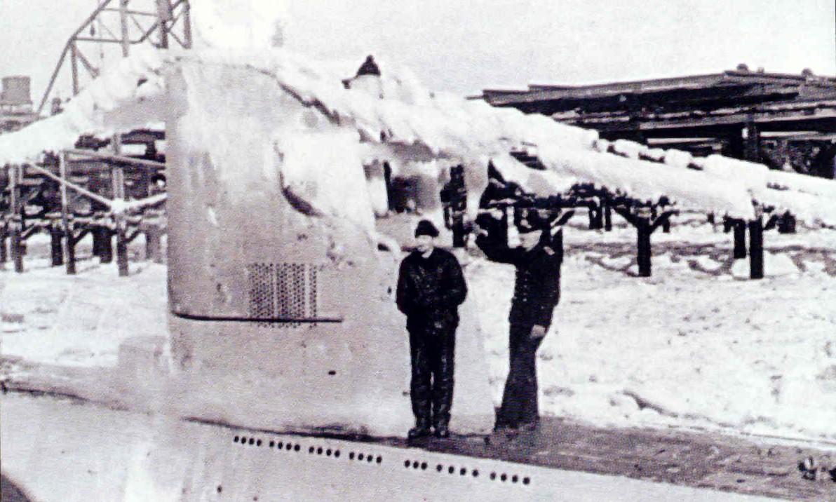 U-10, a Type IIB u-boat covered in ice.
