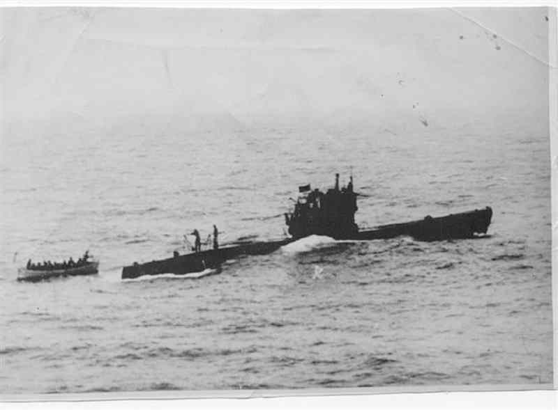 U-249 in Portland during the surrender in May 1945. Type VIIC, she surrendered to HMS Amethyst.